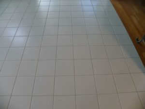 m-m-cleaning-services-clean-tile-and-grout-bloomington-il