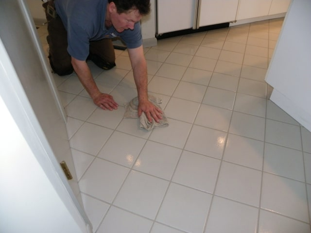 M-M Cleaning Tile and Grout